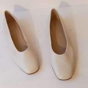 Lands End ivory leather flats-sz 7M